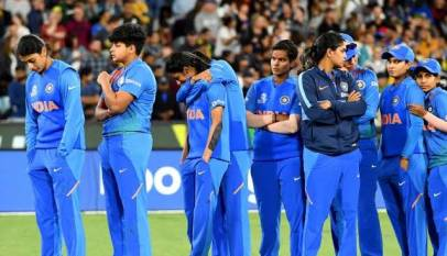 Gavaskar urges for full-fledged Women's IPL